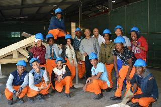 Western Cape government invites youth with grade 10 or TVET for Construction job-training or learnership