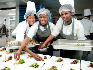 Matriculants Wanted For Chef Or Cooking Learnership At Compass Group