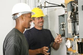 City of Cape Town invites unemployed youth with grade 12 or N3 or NCV 4 for Electrician job-training or learnership
