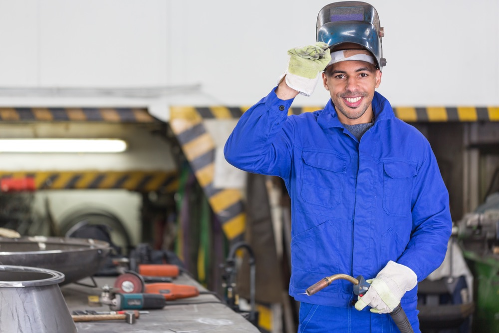 Rio Tinto, a big mining company, invites unemployed youth for Plater Welder job-training or learnership in KZN  for 2018