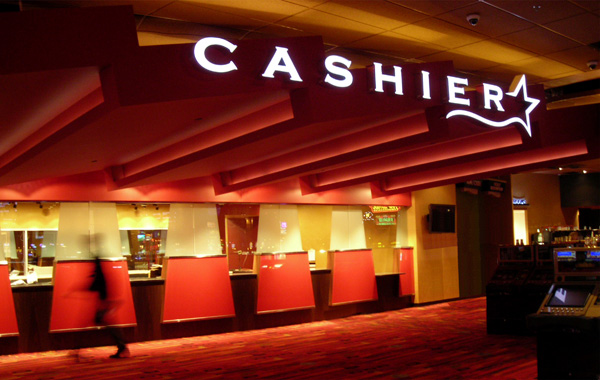 Got 1 Year Cashier Exp + Matric?Work At Casino