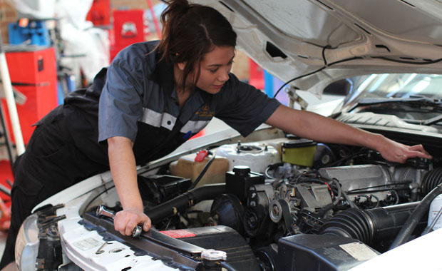 Toyota Wants Matriculants For Auto Mechanic Jobs for 2017