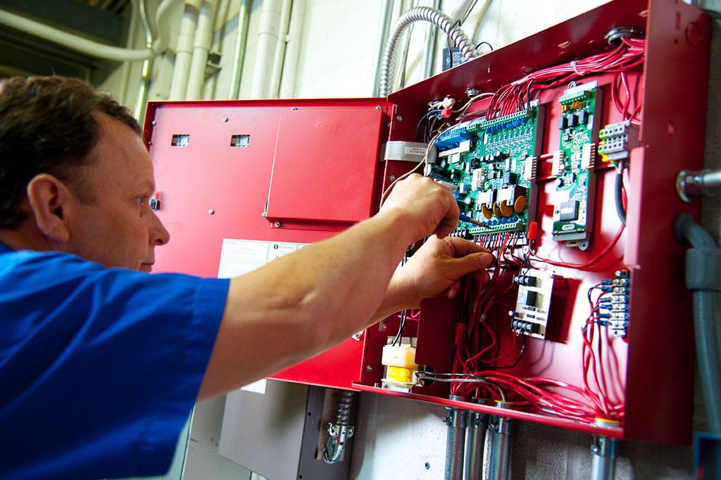 Electrical Graduate Wanted For Alarm Technician Trainee for 2015 / 2022