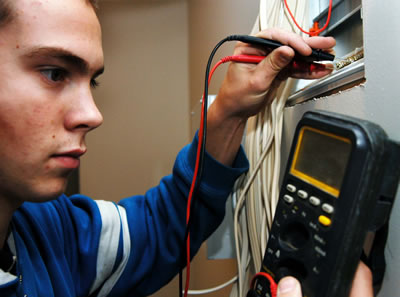 Electrician(Grade 10 And Trade Tested)