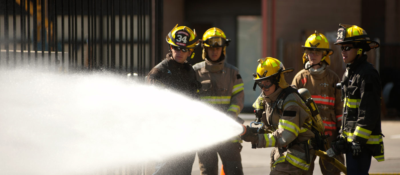 Do you want to be a Fire Fighter? Cape Town Municipality invites youth for job-training or learnership for 2018