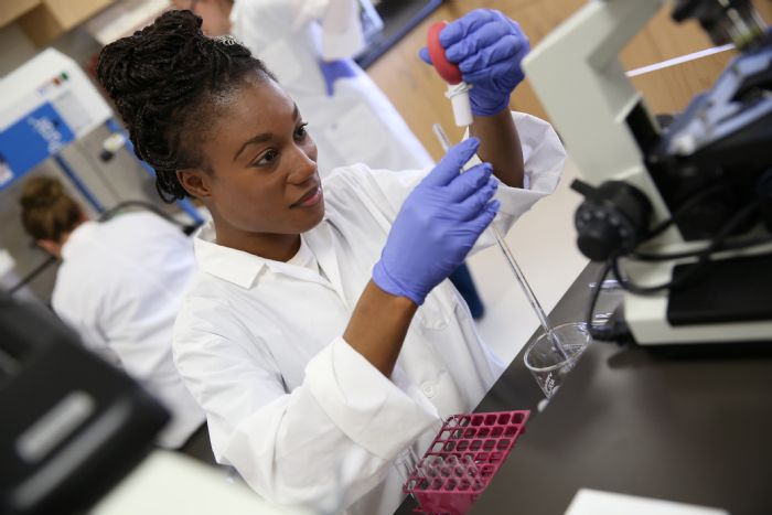 Matriculants Wanted For Laboratory Assistant Learnership In MP