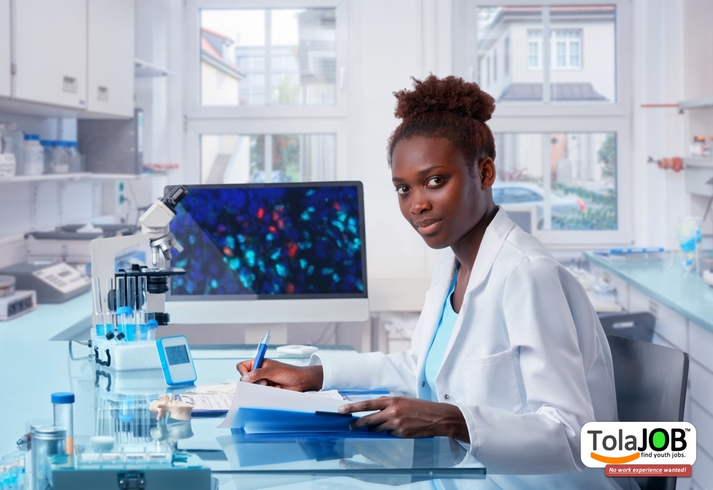 Earn salary at job-training! Grade 12 youth wanted for Laboratory Technician job-training or learnership in Gauteng for 2018