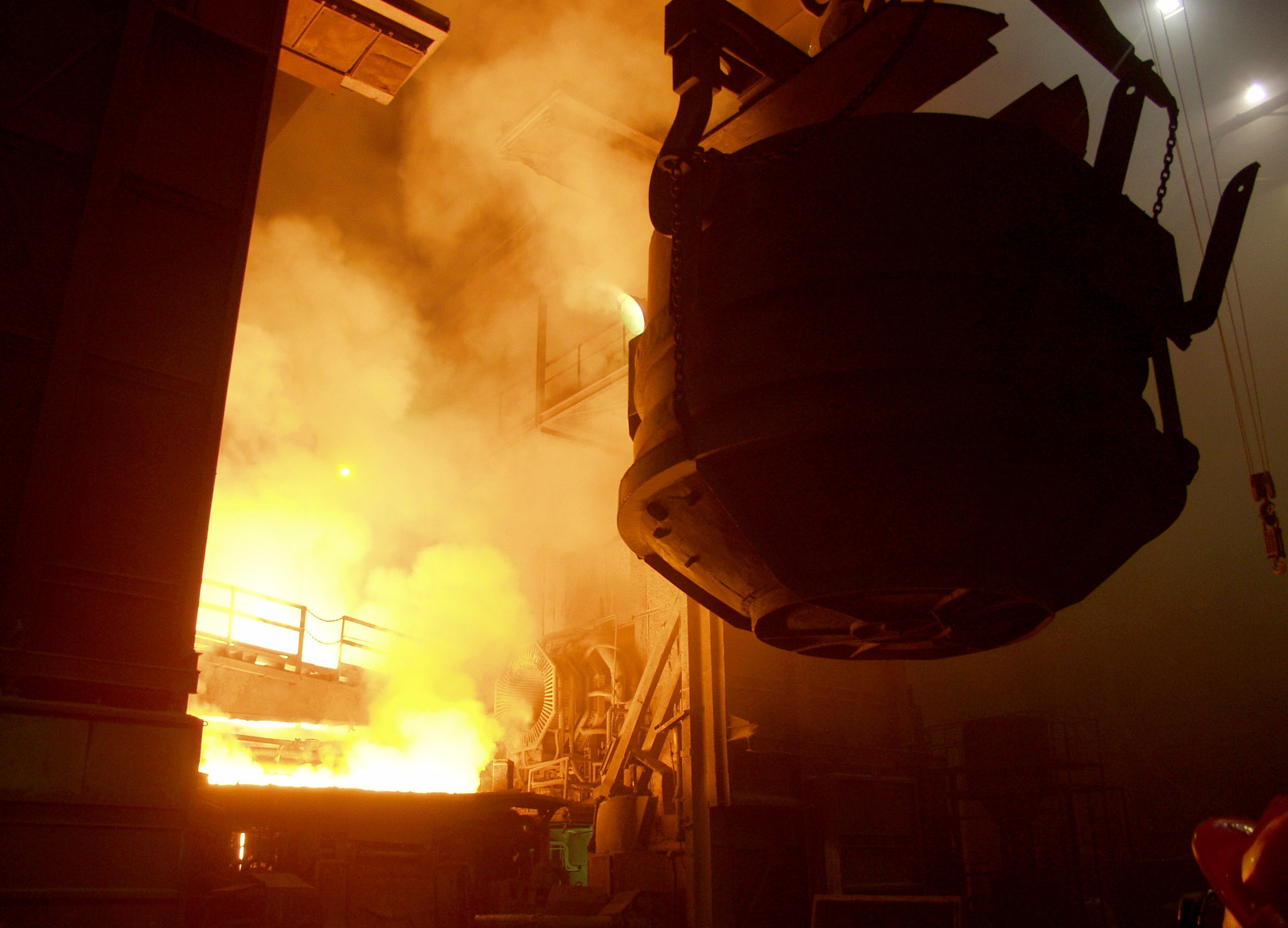 metallurgy The basic principles that underlie the broad field of metallurgy metallurgy i introduces the fundamental concepts required to understand the metallurgical phenomena that affect welding and welded materials.