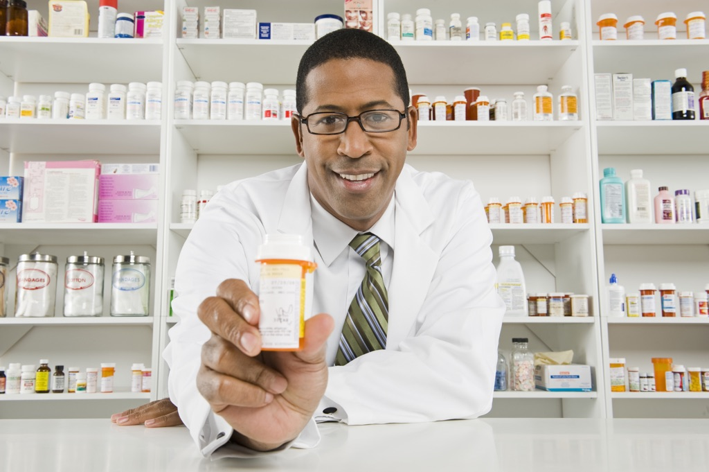 Clicks wants Matriculants for job-training or learnership to become pharmacist assistants in Brits for 2018