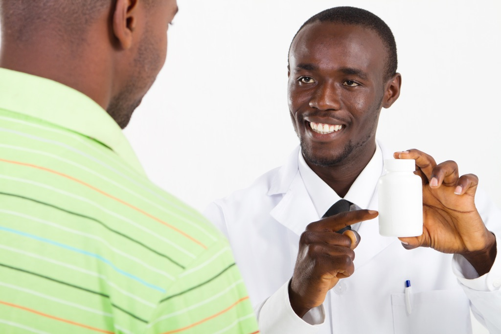 Paying pharmacist assistant learnership for unemployed youth at Clicks in Eastern Cape (Gonubie)
